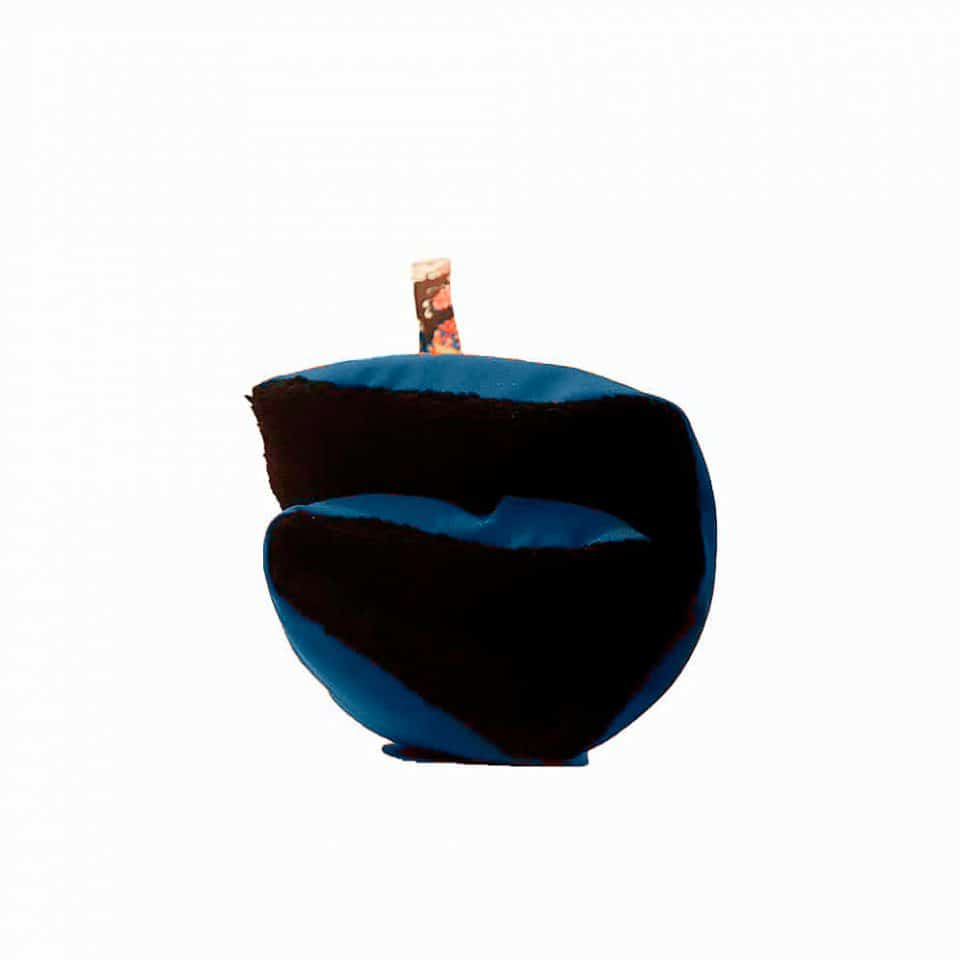 cama-azul-borreguillo-negro-03-
