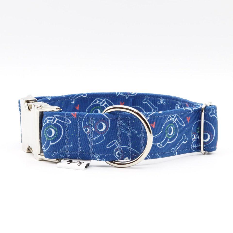 Click 3cm metalico – Haciendo el galgo – Semitransparente – Azul – 03