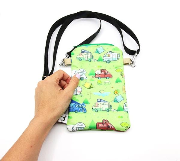 acualquierotraparte-walkingbag-03